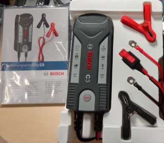 NABIJEČKA AKUMULÁTORU Bosch C3 6/12V invertorová automatická s pamětí nabítí BO 018999903